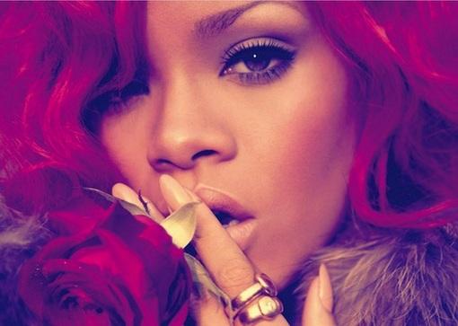 Rihanna-Loud-la-11-15-10